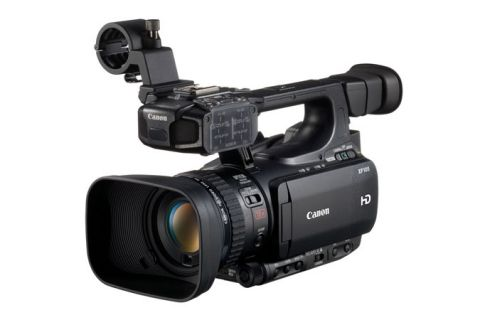 Canon XF105 HD Professional Camcorder (PAL version) by Canon
