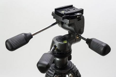 Gitzo G2180 Series 1 Video Fluid Head w/Quick Release, Supports up to 8.8 lbs by Gitzo