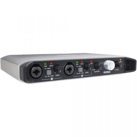 Tascam iXR USB Audio/MIDI Interface With iOS Connectivity by Tascam